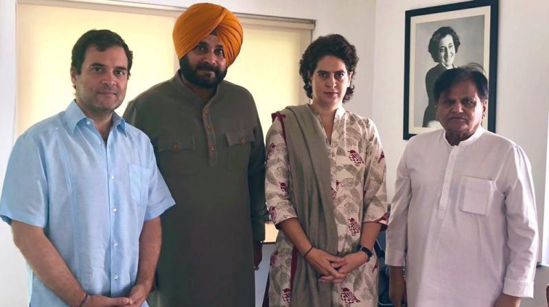 Punjab minister and Congress leader Navjot Singh Sidhu Monday met party president Rahul Gandhi in Delhi. (Photo: Twitter/ @sherryontopp)