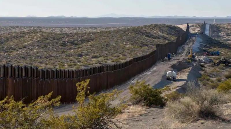 This photo shows the border fence under construction near New Mexico's Highway 9, near Santa Teresa on December 23, 2018. - The US government began a Christmastime shutdown early on December 22, after Congress adjourned without passing a federal spending bill or addressing President Donald Trump's demand for money to build a border wall. (Photo: AFP)