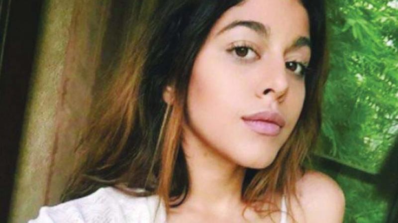 Pooja Bedis Daughter Aalia Furniturewallas Dance Moves Will Raise