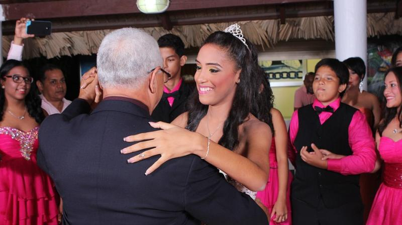 Teen attends prom with father of boyfriend who died. (Photo: Pixabay)