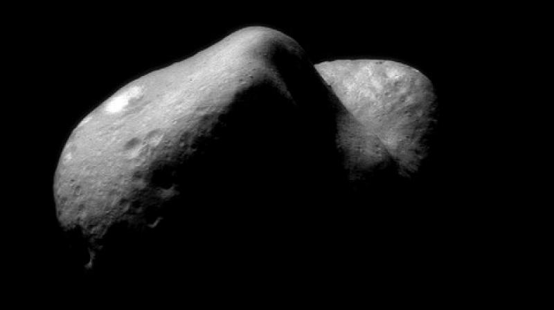 Two Japanese space robots land on asteroid 200 million miles away