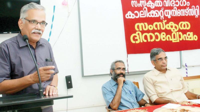 Professor P. Narayanan Namboothiri addresses the gathering at the Sanskrit Day celebrations in CU.