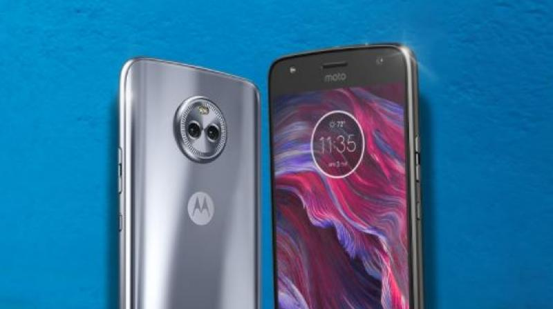 The Moto X4 sells for $400 (approximately 26,000) in US market.