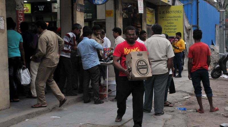 Mumbai shuts non-essential, liquor shops after lockdown norms flouted