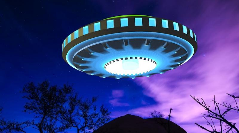 Ex-cop reveals details of his encounter with aliens. (Photo: Pixabay)