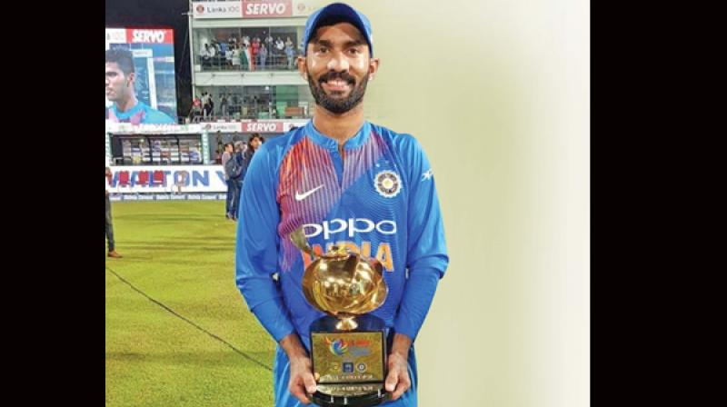 India win tri-series after Karthik blitz in tense final