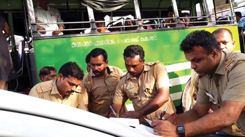 According to Joint Transport Commissioner Rajeev Puthalath, 158 of the 163 buses, including 21 of Kallada Travels, were booked for individual ticketing.