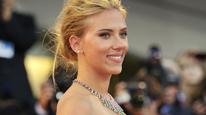 Scarlett Johansson Makes Red Carpet Debut with New Boyfriend Colin Jost