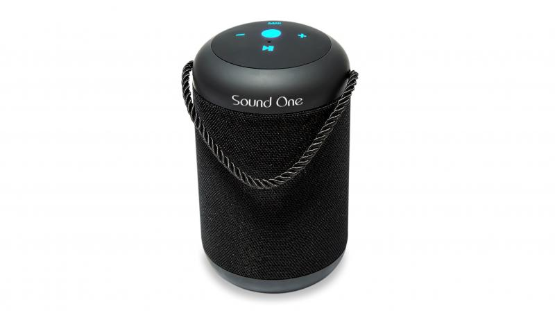 Sound One DRUM provides a long battery life and delivers 6-8 continually hours of seamless music from the 2000 mAh rechargeable lithium-ion battery.