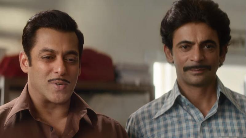 Salman Khan and Sunil Grover in Bharat trailer. (Courtesy: YouTube)