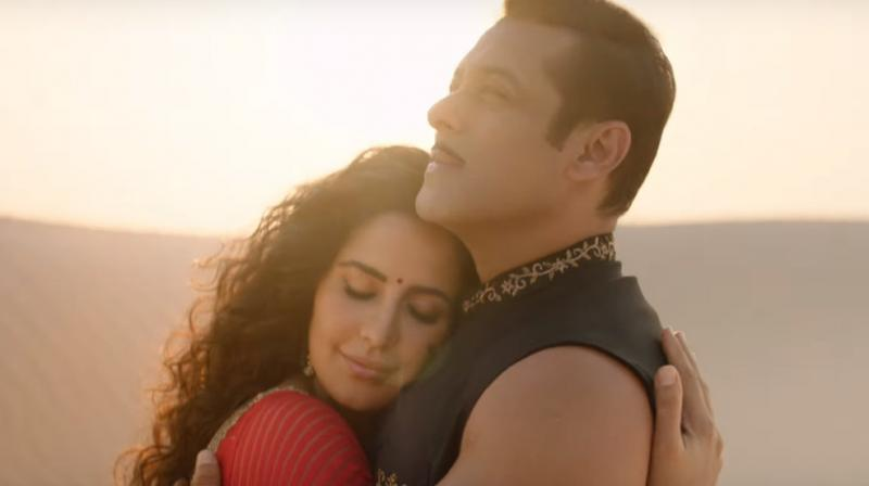 Salman Khan and Katrina Kaif in the still from 'Chashni'. (Courtesy: YouTube)