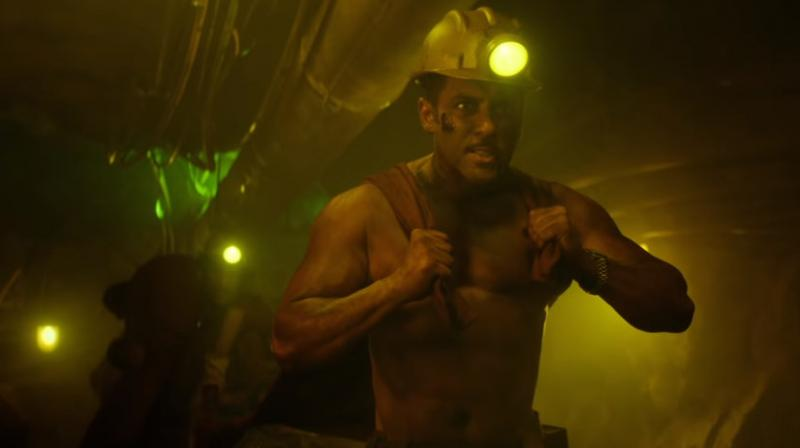 Salman Khan in 'Zinda' song. (YouTube screengrab/ T-Series)