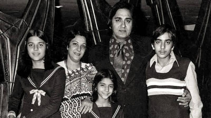 Sanjay Dutt with his family.