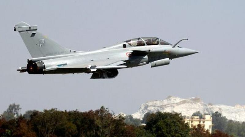 Though small batches of Indian pilots have already trained on the French Air Force planes, the Indian Air Force would train 24 pilots in three different batches till May 2020 for flying the Indian Rafale fighter jets. (Photo: File)