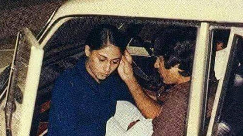 Valentines Day Special: Amitabh Bachchan reminisces old times with wife Jaya  in pic