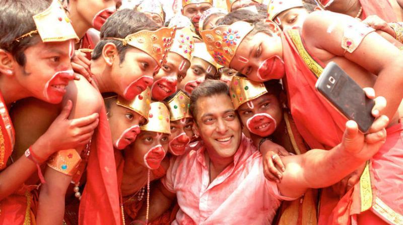 Salman Khan in a song from 'Bajrangi Bhaijaan.'