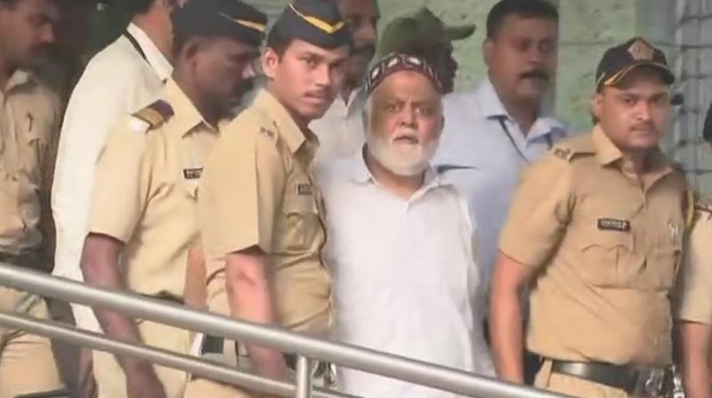 Dawood Ibrahim's aide Farooq Takla who was brought to Mumbai after being deported from Dubai, produced before TADA court. (Photo: ANI)