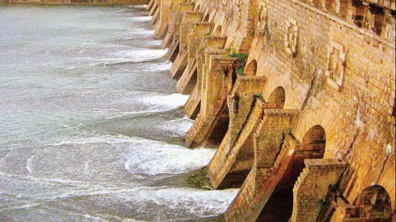 Cauvery water dispute: Advantage Karnataka as SC reduces Tamil Nadu's share
