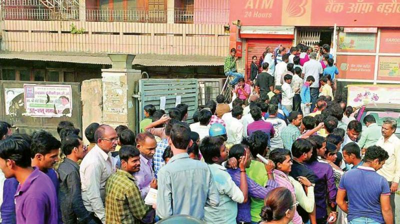 Crowds line up outside banks just after demonetisation. (Representational Image)