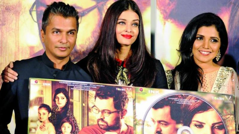 Vikram Phadnis with Aishwarya Rai Bachchan at the launch event.