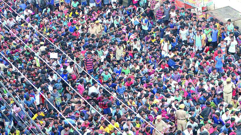 Youngsters participate in Air Force recruitment rally on Bandar road in Vijayawada on Saturday. (Photo: DC)
