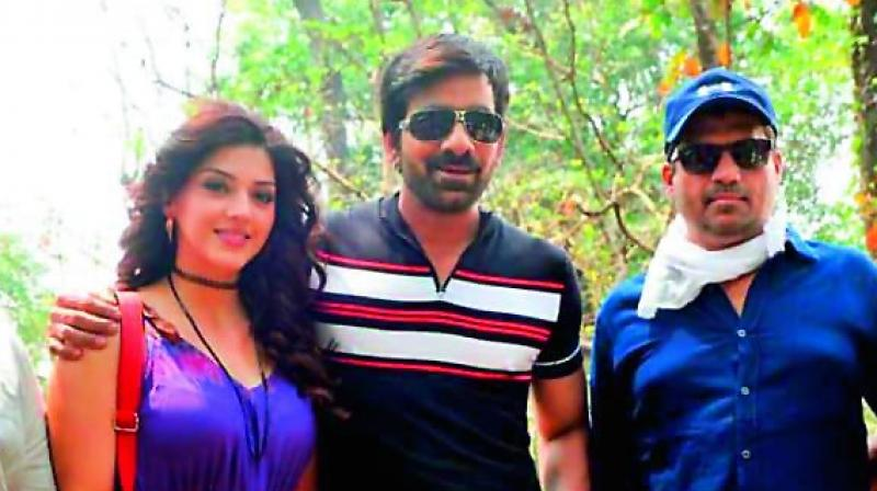 Mehreen, Ravi Teja and Sirish on the sets of Raja The Great.