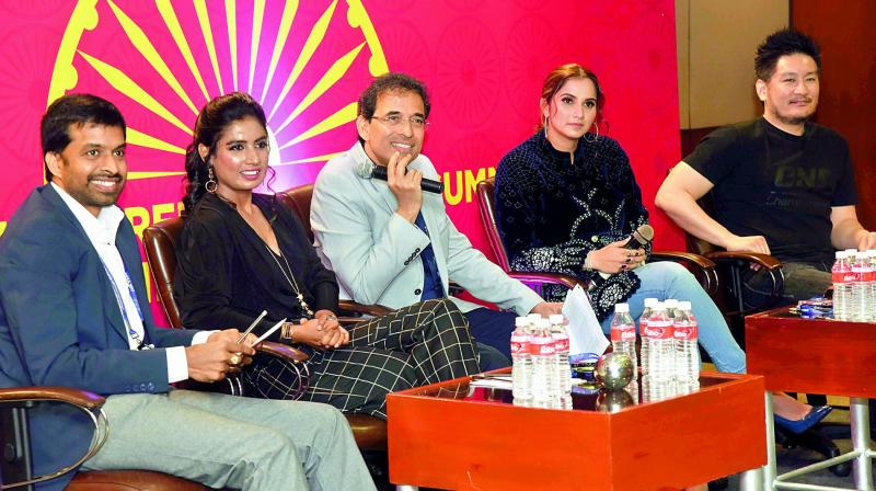 Sports personalities participate in a discussion on sports. From left: Pullela Gopichand, cricketer Mithali Raj, cricket commentator Harsha Bhogle, tennis player Sania Mirza  and martial artist from Thailand Chatri Sityodtong at GES-2017 on Wednesday. (Photo: DC)