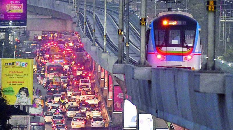 Hyderabadis enthusiastically travels in Metro Rail
