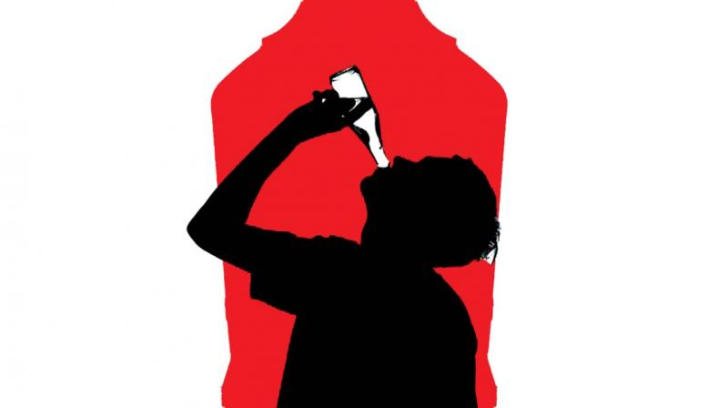 Man Hyderabad Dies Falls Drunk Building Off