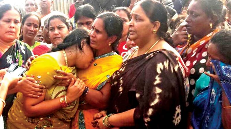 Thamilarasu's family breaks down on learning about the incident. (Photo: DC)