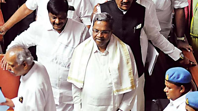 In Karnataka pre-poll budget, Free LPG, Farm loan waiver are highlights