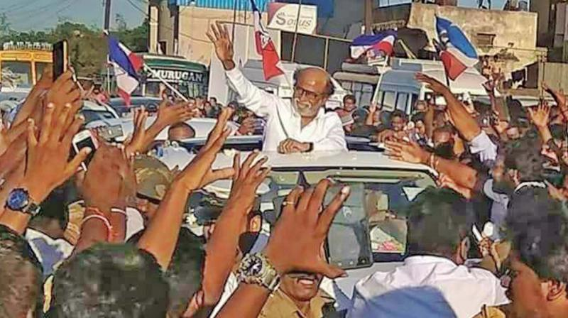 Mind it! Rajini says can give MGR-style governance