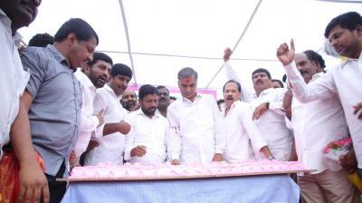 Harish Rao has a big birthday bash in Hyderabad