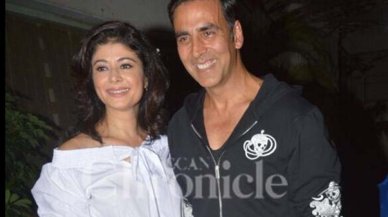 Akshay Kumar with Pooja Batra at the screening of 'Mirror Game.'