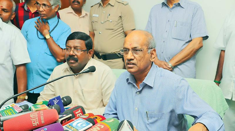 Dr R. Palaniswamy, IAS, State Election Commissioner, addressing the media regarding the civic polls at the State Election Commsion office at Koyambedu on Monday.(DC)