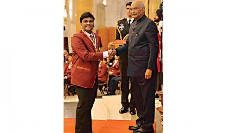 Vinayaka Receiving Bal Shakti Puraskar from President Ram Nath Kovind