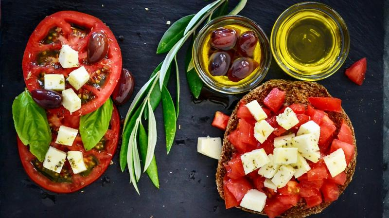 The study concludes that a Mediterranean diet supplemented with nuts and extra virgin olive oil may help lower women's' risk of gestational diabetes or excessive weight gain during pregnancy. (Photo: Representational/Pixabay)