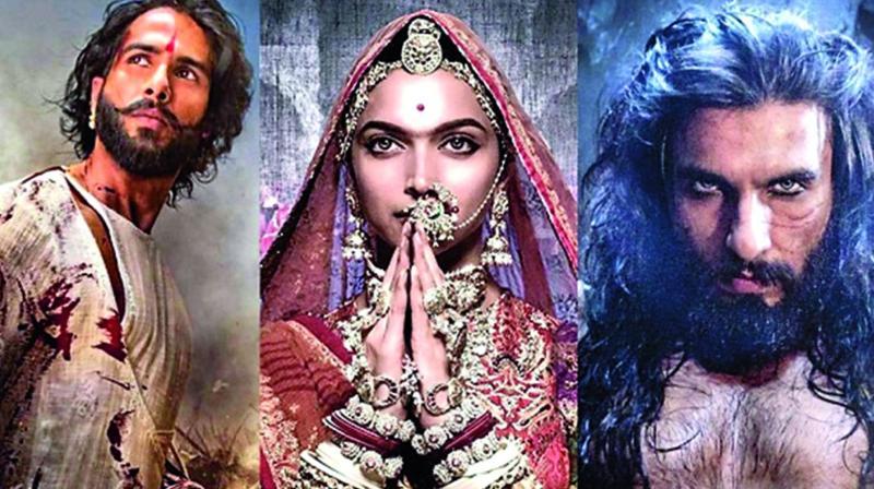 Padmaavat (2018) Telugu HDRip ESubs 700MB Movie Download