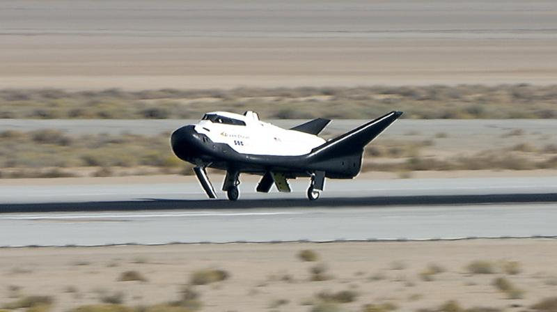 Dream Catcher Airplane Dream Chaser successfully completes landing test 31
