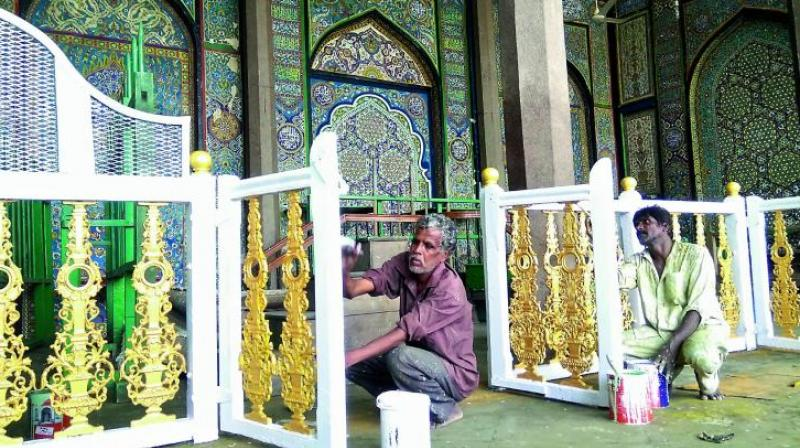 The All India Shia Organisation stated that ashoorkhanas require repairs as many of them are in a dilapidated condition.