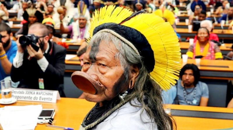 Kayapo ethnic group leader Raoni Metuktire attended a meeting with deputies to discuss the rights of indigenous people at the National Congress in Brasilia. (Photo: AFP)