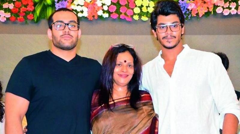 Disco Shanti (center) with her two sons Meghamsh (right) and Shasank srihari.