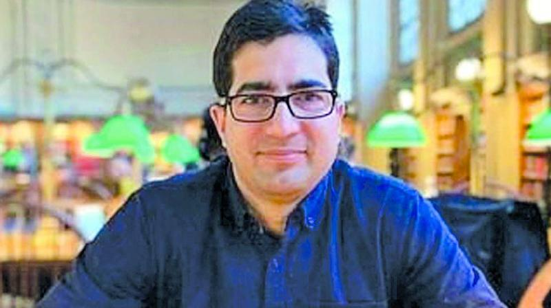 Former IAS officer Shah Faesal was detained by authorities at the Delhi airport on Wednesday and sent back to Kashmir, officials said. (Photo: File)