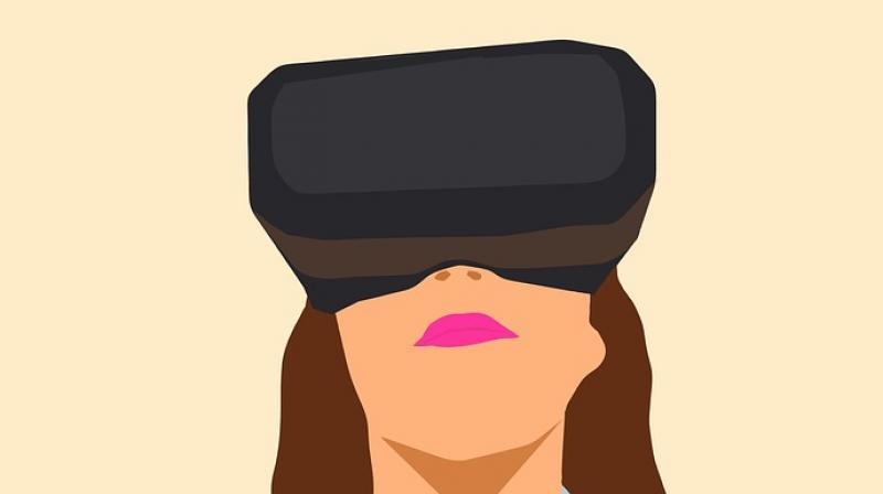 New study finds virtual reality headsets can reduce needle phobia. (Photo: Pixabay)