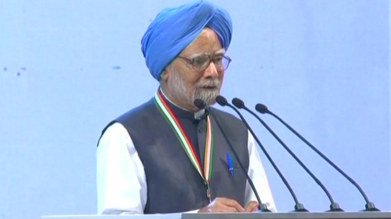 Modi Govt has messed up the economy: Manmohan