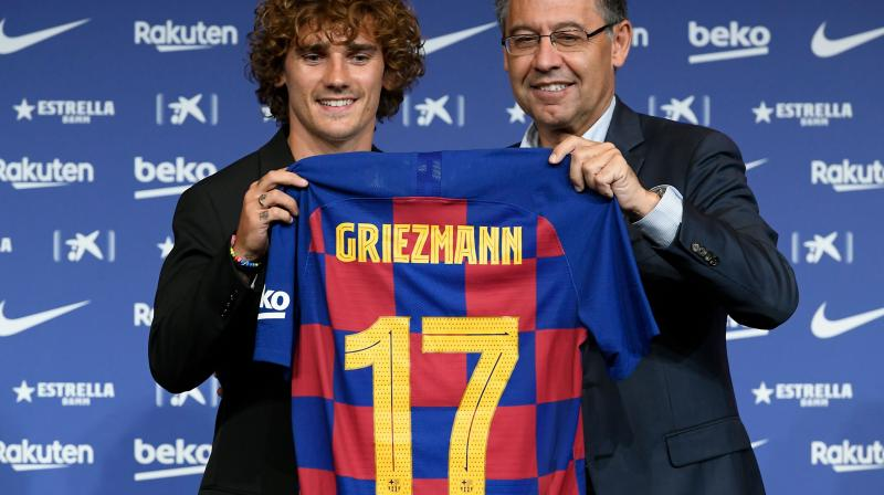 The World Cup winner, ANtoine Griezmann is in Tokyo with Barca ahead of a clash with Chelsea on Tuesday after the La Liga giants shelled out 120 million euros (USD 135 million) to match his release clause amid a blistering row between the player and the two clubs. (Photo:AFP)