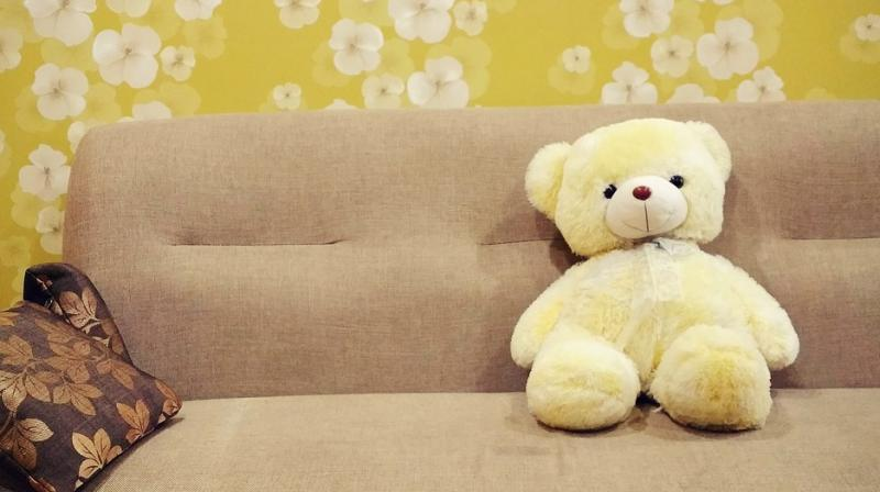An estimated 2.3 million children younger than 5 were treated for sofa and bed related injuries in 2007-2016. (Photo: Pixabay)