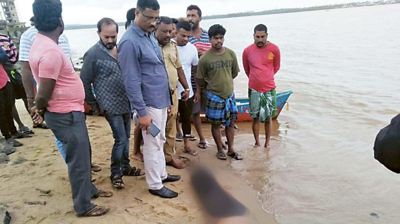 Medical experts said that the intense speculation that the body did not bloat because Siddhartha had died of a heart attack before his body hit the water had no scientific basis.