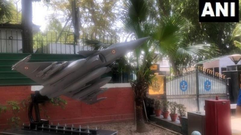 Replica of Rafale located at residence of the Air Chief Marshal numbered 23, is right in front of Congress Headquarters, number 24, on Akbar Road in the national capital. (Photo: ANI)