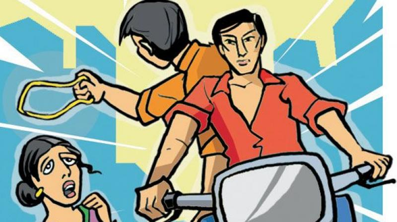 On Friday, a bike-borne man snatched a gold chain from a woman who was returning home from a temple in Nizampet in Bachupally.